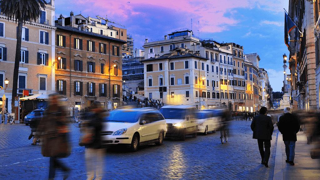 libros en Italia - La hora pico
