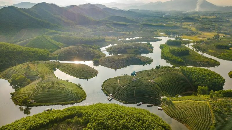 El canto de las montañas y Nghe An
