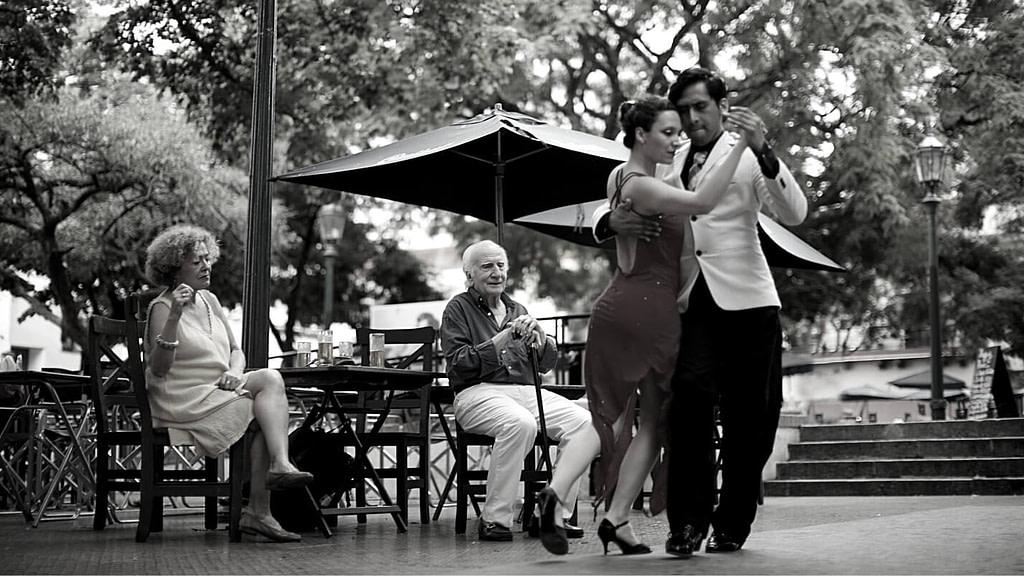 cuál es el origen del tango